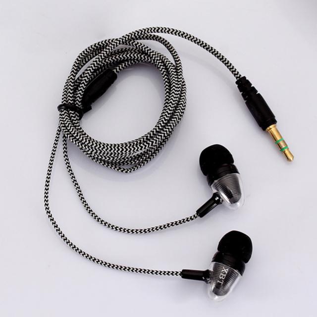 Sports In-ear Earphones HiFi Stereo With Mic